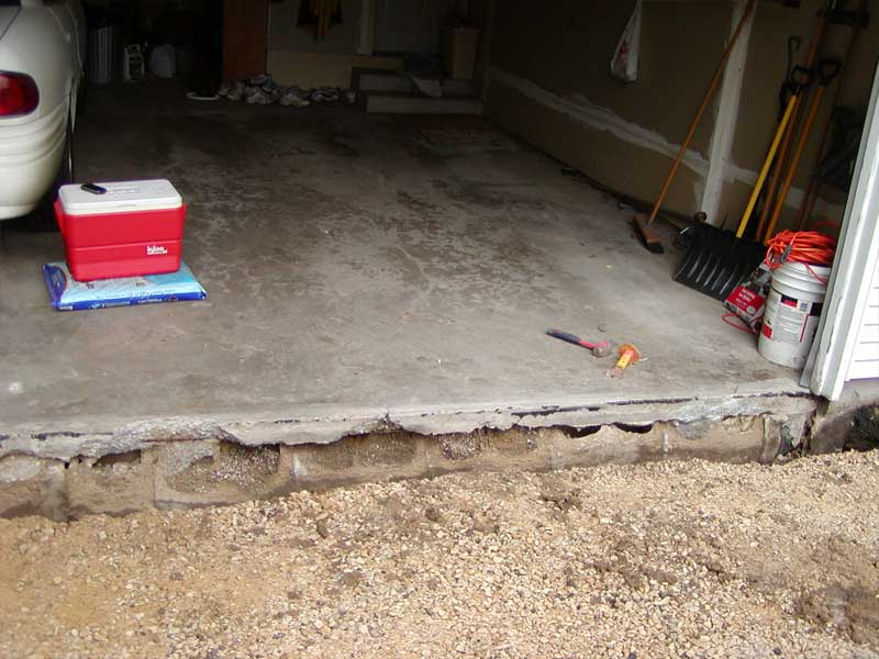 Burnsville mn basement waterproofing landscaping for Basement under garage
